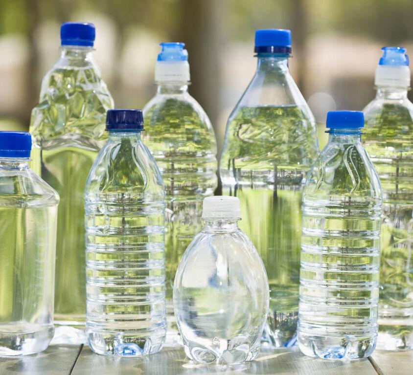 Solicitud de devolución del impuesto redimible a las botellas plásticas no retornables